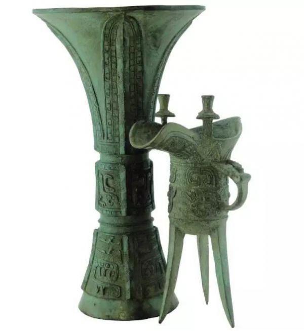 Cả lịch sử Trung Quốc chảy tràn qua chén rượu:  Nấu rượu  là 'nghề chơi cũng lắm công phu'