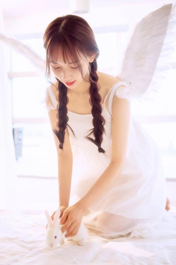 Hoá ra bạn gái thiên thần của Ngô Diệc Phàm từng là tì nữ trong 'Diên Hi Công Lược'