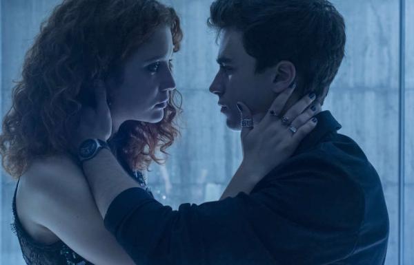 Elite - Câu chuyện thanh xuân 'cẩu huyết' và nóng bỏng nhất của Netflix sẽ trở lại vào mùa thu năm nay