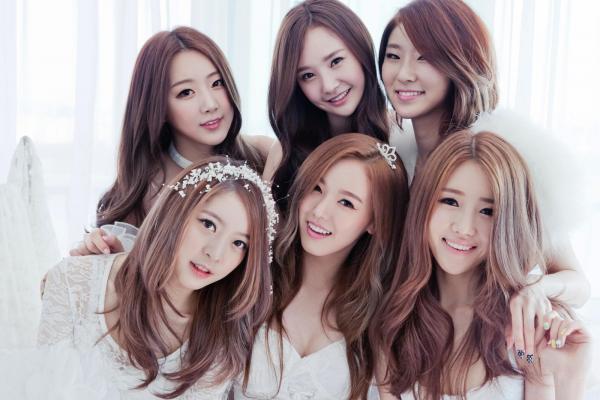 Thành viên girlgroup bóc mẽ cách các idol K-Pop rủ rê, lừa đồng nghiệp sử dụng chất cấm