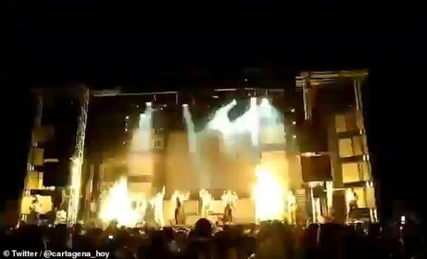Nữ ca sĩ Tây Ban Nha thiệt mạng vì pháo sáng sân khấu trong lúc biểu diễn live show