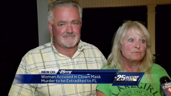 'Chú hề' giết người, sau đó lấy chồng của nạn nhân mà vẫn không bị bắt trong 27 năm