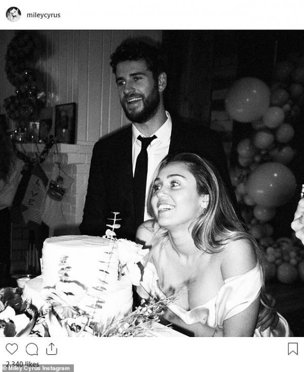 Liam Hemsworth lần đầu xuất hiện với vẻ mặt buồn bã sau khi đệ đơn ly hôn Miley Cyrus