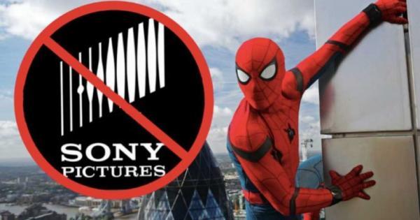 Fandom - 'Vũ khí tối thượng' của Marvel trong việc thâu tóm cả Hollywood?
