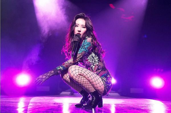 Sunmi tiết lộ vì sao 'gà cũ' của JYP đều không muốn làm việc cùng Park Jin Young sau khi rời công ty