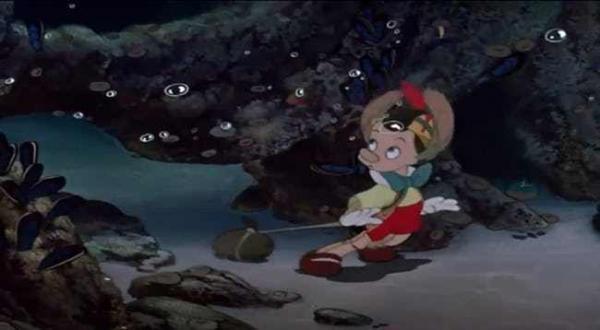 Những điều 'bất thường' chưa được giải thích trong các bộ phim của Disney (P1)