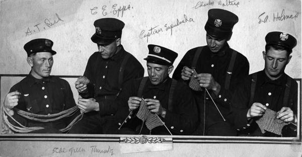 Có thể bạn chưa biết: Đan len từng là chiêu thức truyền bí mật trong tình báo thời chiến tranh