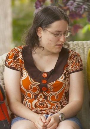 Thảm kịch mẹ và con gái đầu độc giết cả gia đình bằng chất chống đông