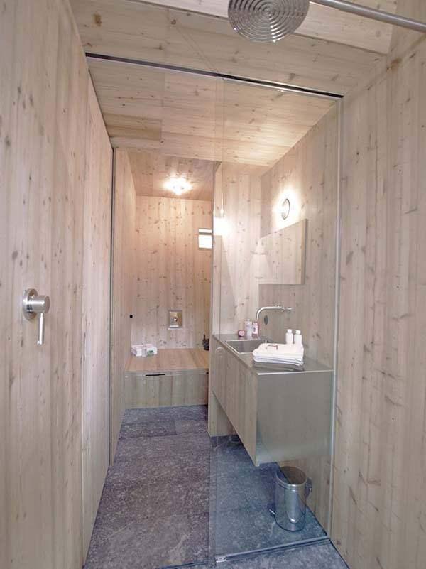 Ufogel: Ngôi nhà bé xinh mang phong cách tối giản luôn tràn ngập ánh nắng và mùi gỗ thông