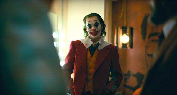 Quân đội Mỹ cảnh báo về nguy cơ 'đối mặt' với Joker ngoài đời thực