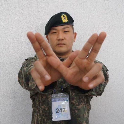 Rapper Hàn Quốc bị khởi tố vì tội cố ăn để tăng 116kg nhằm trốn nghĩa vụ quân sự