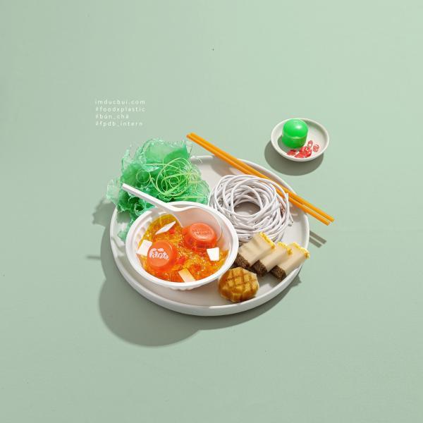 Trầm trồ với món ăn ba miền được chế tạo từ... rác thải nhựa nhặt dọc đường