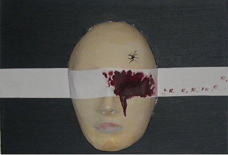 Kim Noble: Một cơ thể, muôn vàn bản ngã