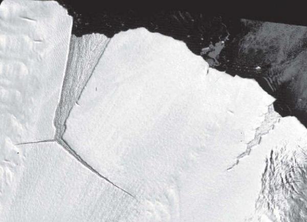 315 tỷ tấn băng vừa bị vỡ ở Nam Cực