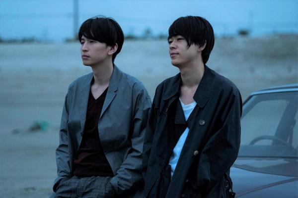 Phim BL mới của Nhật: Bị vợ thuê người theo dõi, bad boy phải dâng mình cho thám tử để yên thân