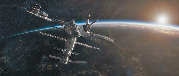 Không chờ được NASA, fan Trung nài nỉ cơ quan hàng không vũ trụ Trung Quốc cứu Iron Man
