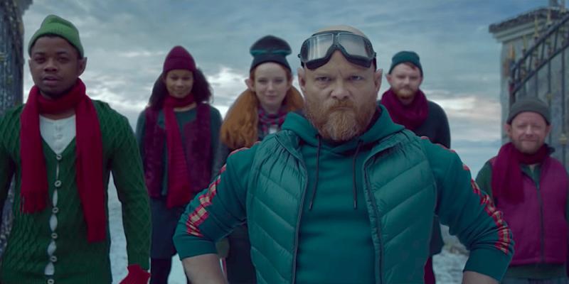 Sẽ ra sao nếu ông già Noel giảm cân, cắt râu tóc và trở thành 'hotman'?