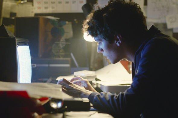 Chuyện thật như đùa: 'Black Mirror: Bandersnatch' chứa đến 5 kết thúc và 1 nghìn tỷ câu chuyện kết hợp