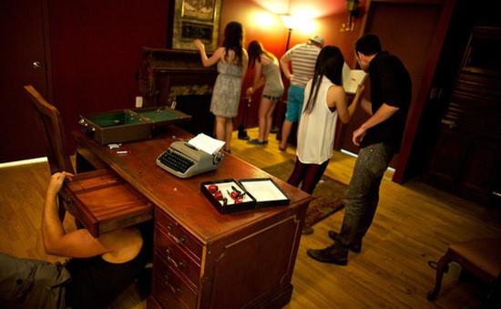 5 cô gái Ba Lan bị thiêu chết trong trò chơi Escape Room và sự trùng hợp kỳ lạ với phim kinh dị chiếu cùng ngày