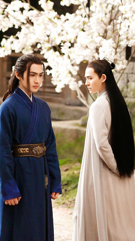 'Nữ cường' Địch Lệ Nhiệt Ba: 'Khi yêu nếu bị cự tuyệt tôi sẽ không dây dưa, quá tổn hại lòng tự trọng'