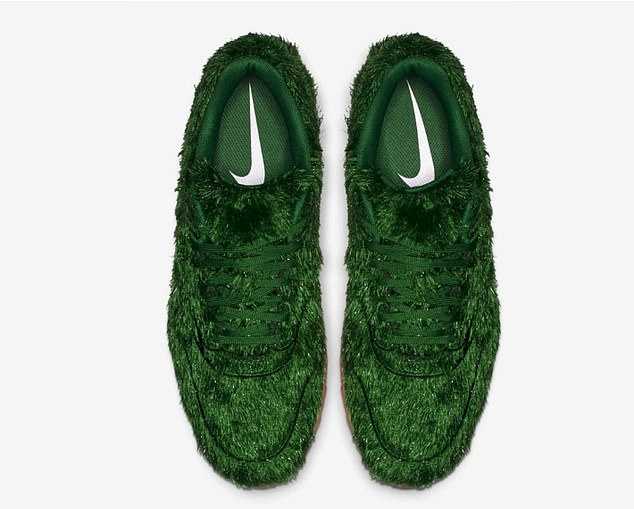 Nike ra mắt giày thể thao 'cỏ xanh' mới chuyên dùng cho bộ môn golf