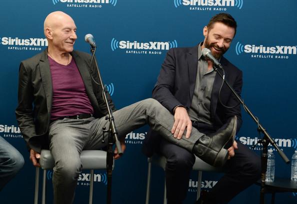 Hugh Jackman và Patrick Stewart nhận kỷ lục Guinness diễn viên đóng phim Marvel lâu năm nhất