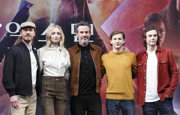 Đánh giá sớm 'X-Men: Phượng Hoàng Bóng Tối': Cái kết thiếu thuyết phục cho hành trình 20 năm của dị nhân nhà Fox
